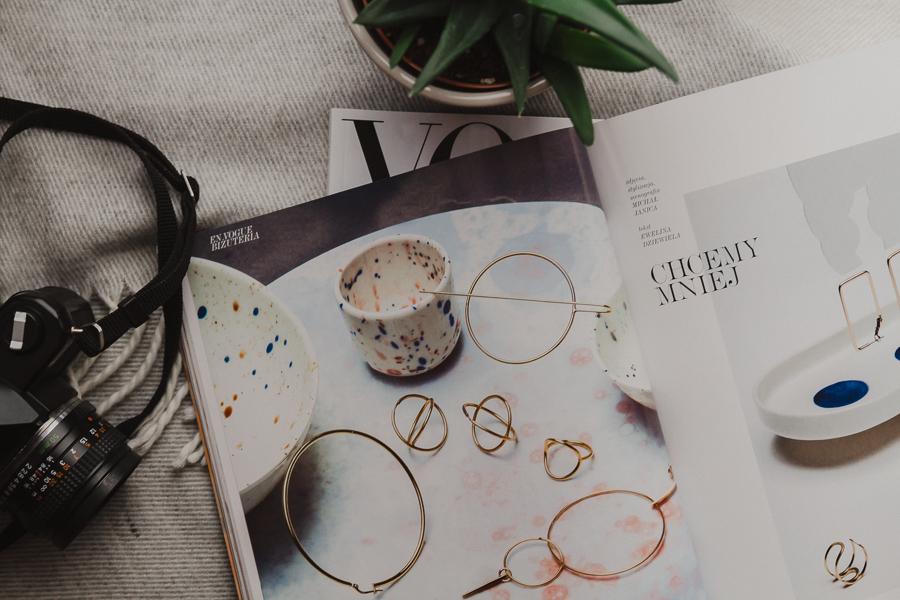 Minimalizm w biżuterii