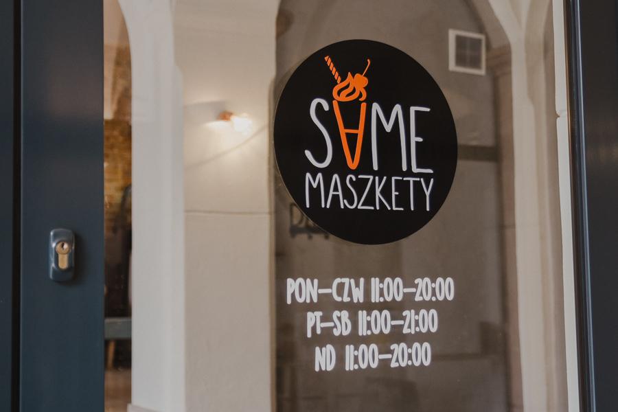 Same Maszkety