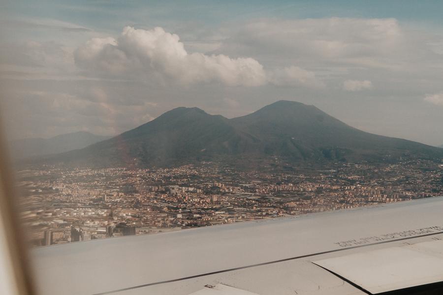 Przylot do Neapolu